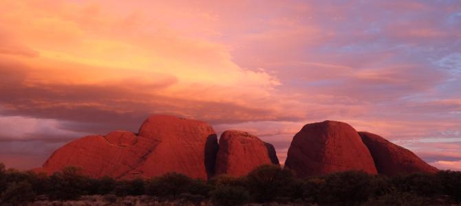 未知的北领地 — 红色巨石